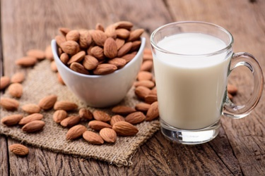 Zone pros and cons of almond milk compared to others